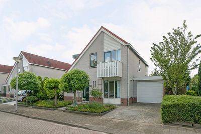 Gerard van der Dussenstraat 13, Hellevoetsluis