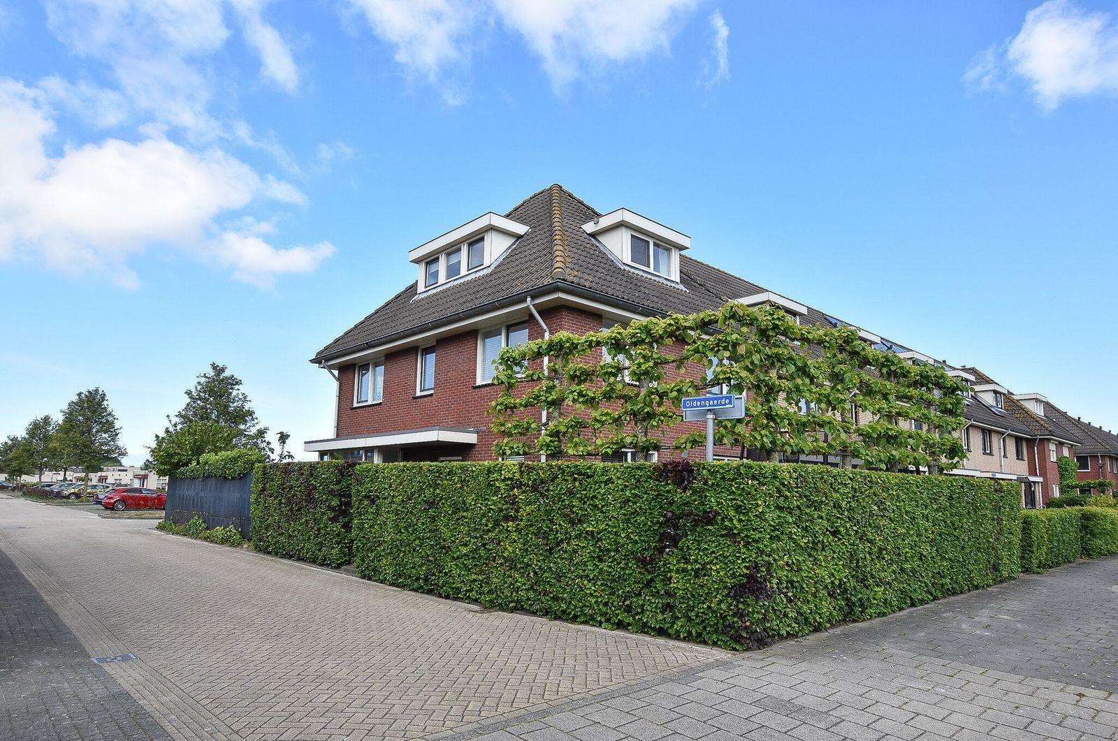 Duinbeek 128, Lelystad