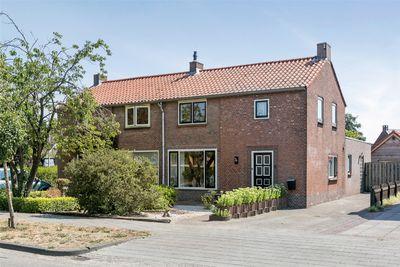 Veldstraat 5, Wijk En Aalburg