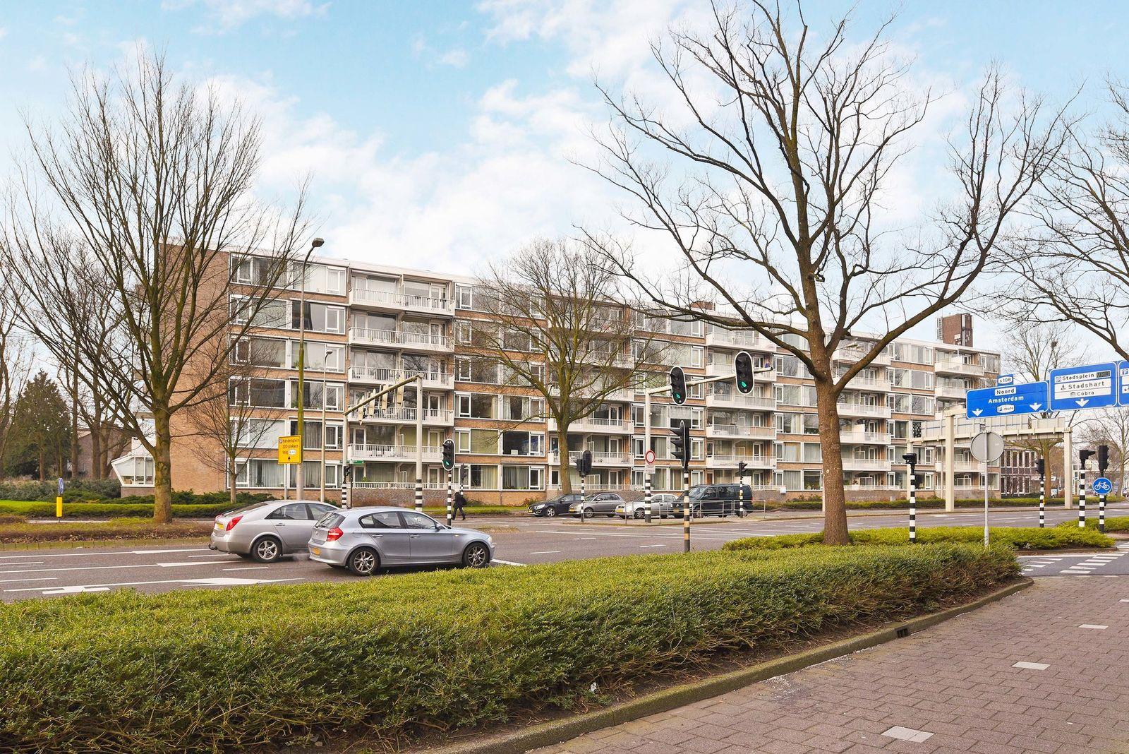 Mr. F.A. van Hallweg 92-., Amstelveen