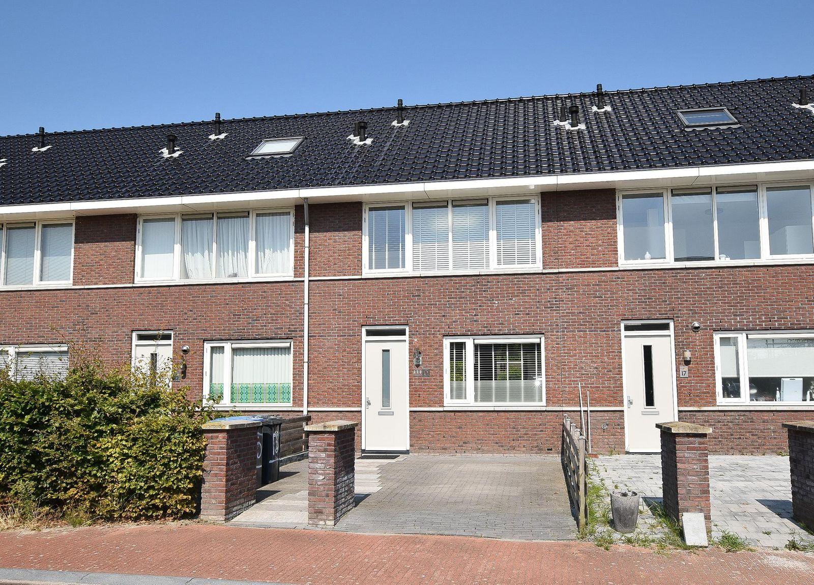 Visbystraat 15, Lelystad