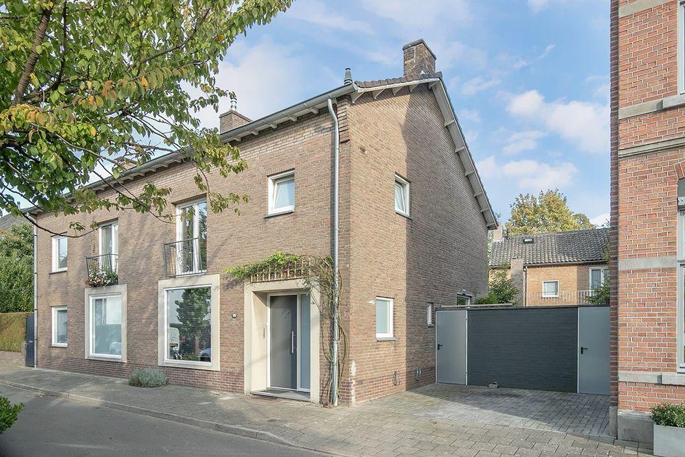 Papenweg 59A, Maastricht