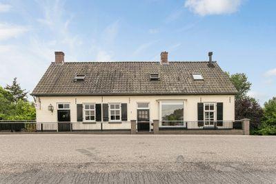 Maasdijk 61, Aalst