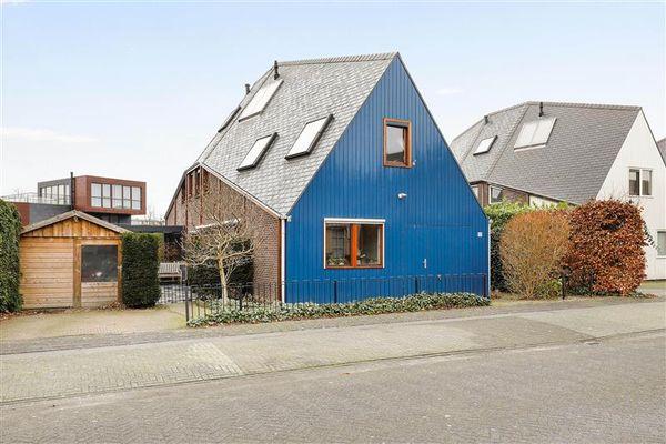 Pembastraat 10, Almere