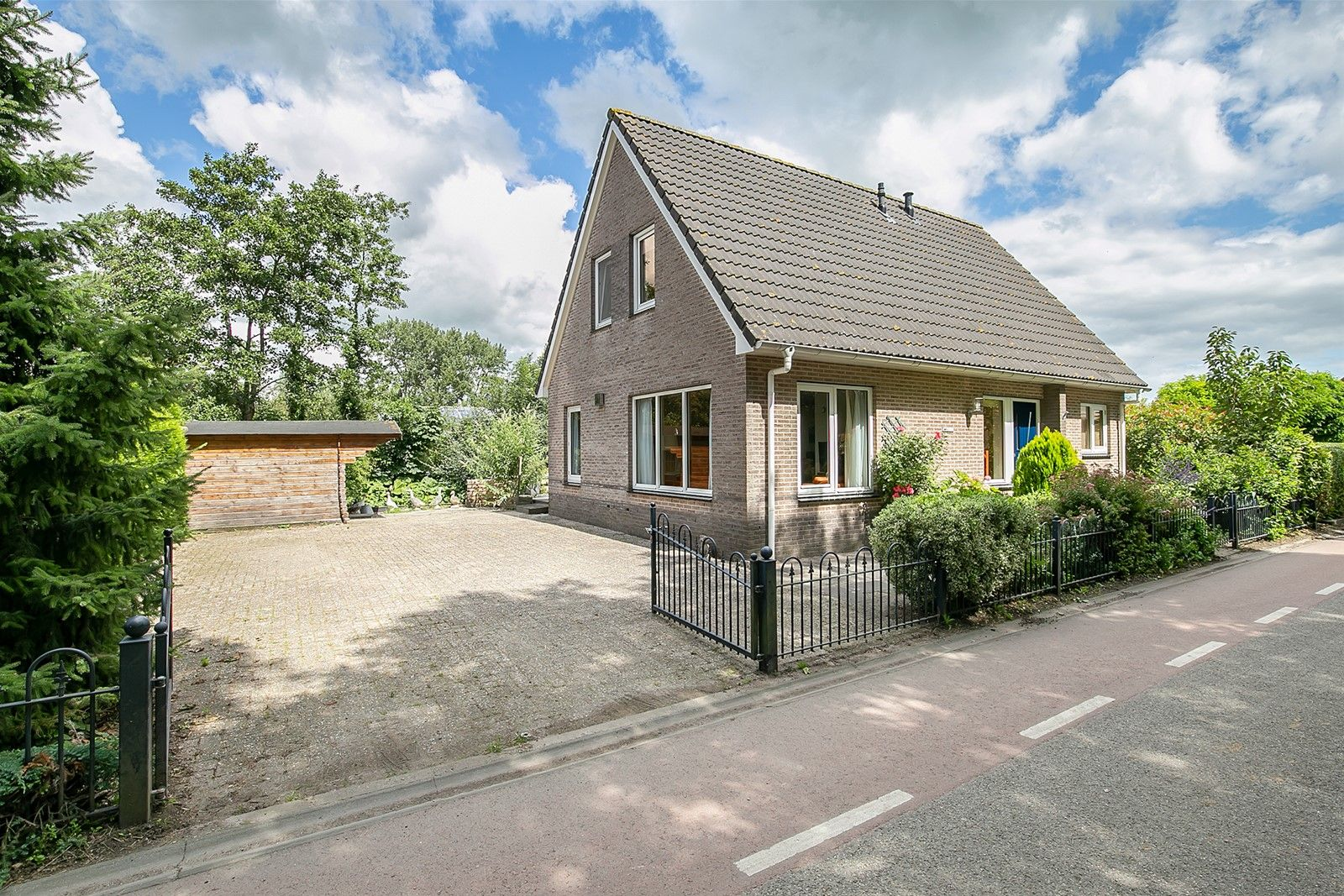 Westeinde 292, Berkhout