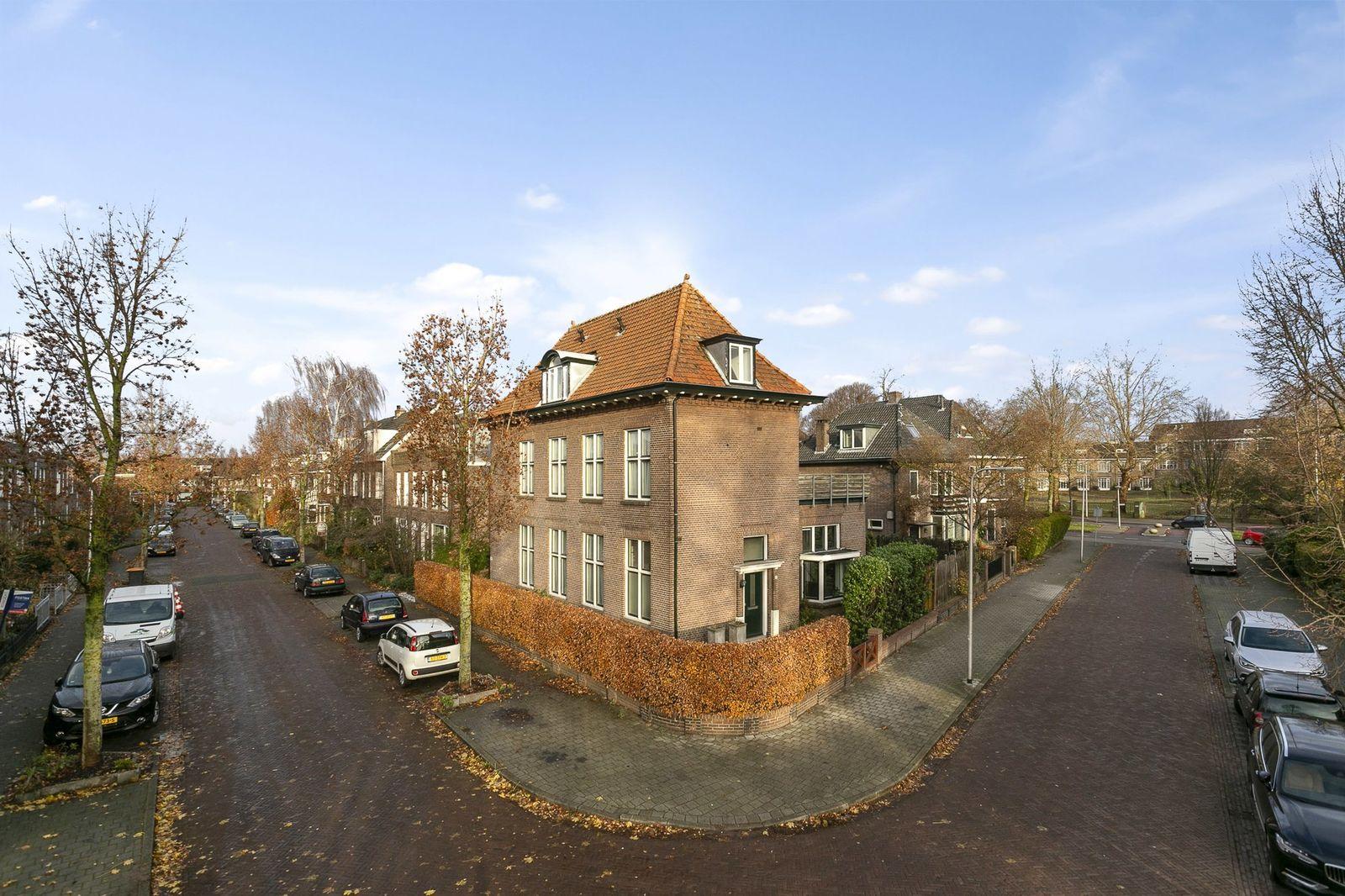 A.J. Duymaer van Twiststraat 14, Deventer
