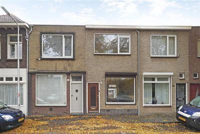 Lovensestraat 37, Tilburg