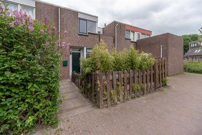 Middenhof 309, Almere