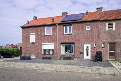 Bernhardstraat 38, Hoensbroek