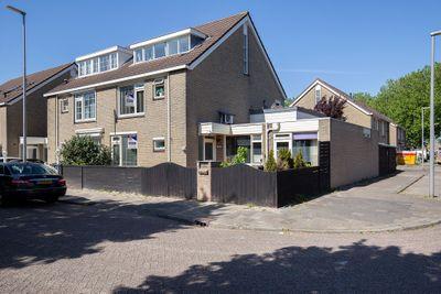 Roer 369, Rotterdam