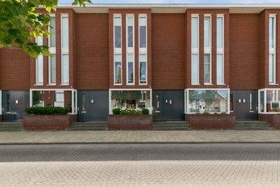 Hanzelaan 18, Kampen