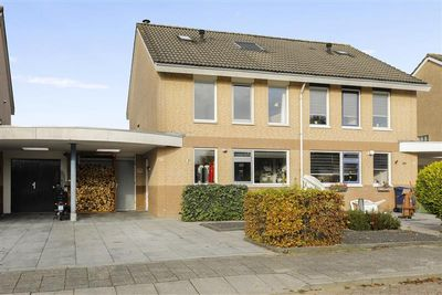 Kornetstraat 16, Almere
