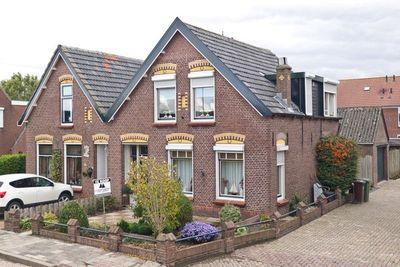 Beneden Oostdijk 30, Den Bommel