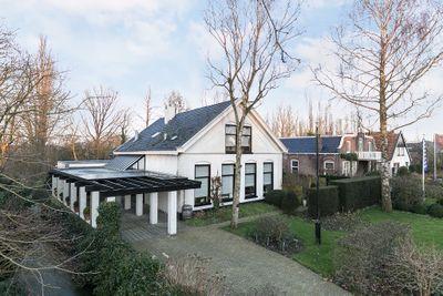 Van Sminialeane 3, Wommels