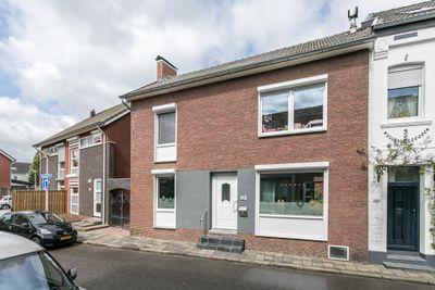 Kloosterbosstraat 11, Kerkrade