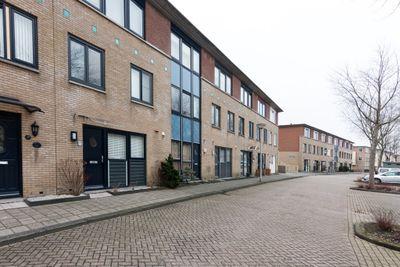 Else van der Banstraat 105, Spijkenisse