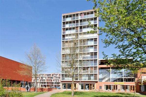 Ouverture, Eindhoven