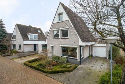 Weerhaan 27, Middelburg