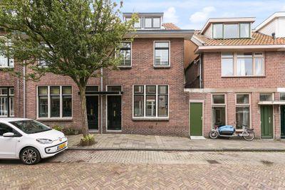 Frans van Mierisstraat 13, Leiden
