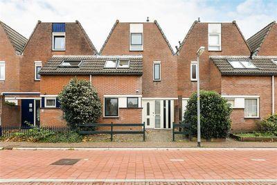 Buitenhof 73, Almere