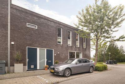 Juwelenstraat 21, Almere