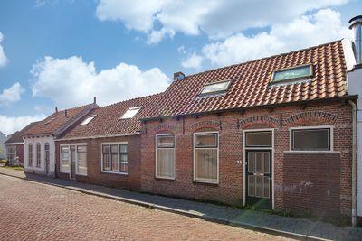 Havenstraat 14, Hoedekenskerke
