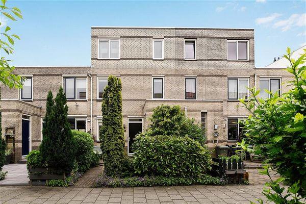 Suzette Noiretstraat 27, Haarlem