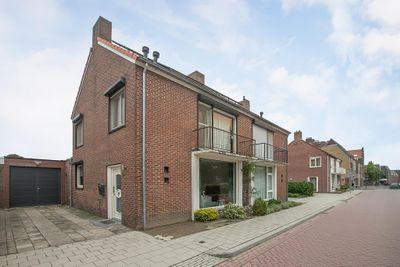 Schoolstraat 16, Heythuysen