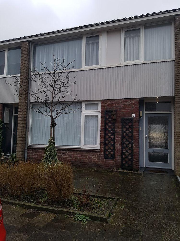Pastoor van Akenstraat 9, Roosendaal