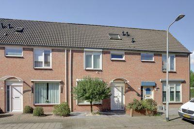 Baardwijkstraat 21, Tilburg