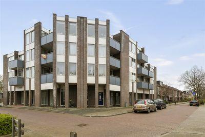 Poortershof 21, Leiderdorp