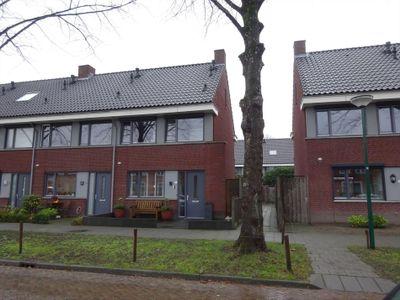 Sint Josephstraat 11, Kaatsheuvel