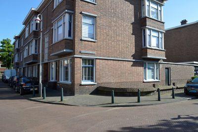 Boele van Hensbroekstraat 55, Den Haag