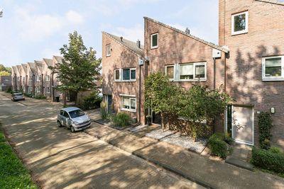 Beemdgraslaan 17, Enschede