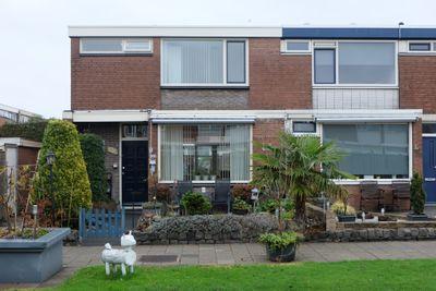 Jan Vermeerlaan 120, Roosendaal