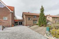 Eugenie Previnaireweg 38, Nieuw-Vennep