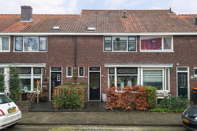Juliana van Stolbergstraat 6, Zwijndrecht