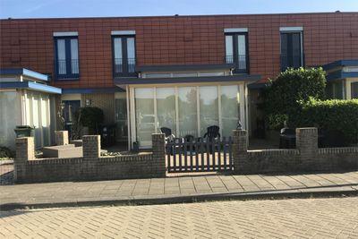 Zuidewijn 38, Lelystad
