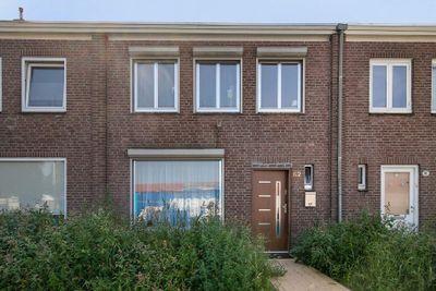 Pater van den Elsenplein 62, Tilburg