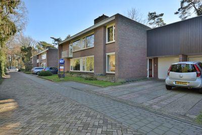 Vermeerstraat, Son en Breugel