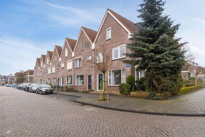 Barkentijn 36, Volendam