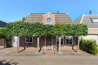 Glanerbeek 9, Tilburg