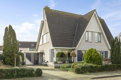 Fluwijnberg 106, Roosendaal