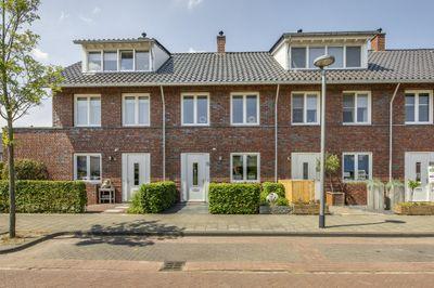 Strigastraat 8, Naaldwijk