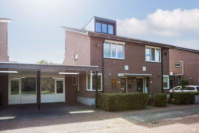 Johanna van Vlaanderenstraat 39, Helmond