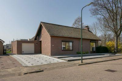 F.M. Boogaardweg 15, Sint-annaland