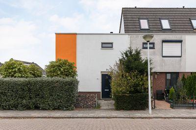 Mazurkastraat 37, Barendrecht