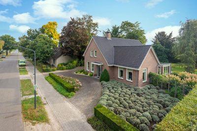 Houtsestraat, Houtsestraat 10, 5706LS, Helmond, Noord-Brabant
