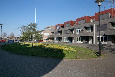 Zwaard 22, Bunschoten-Spakenburg