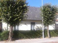 Burgemeester Posweg 48, Brakel